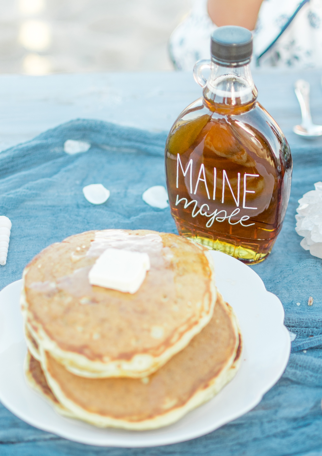 custom maple syrup wedding favors, Maine and Vermont wedding inspiration, custom lettered and calligraphy table details